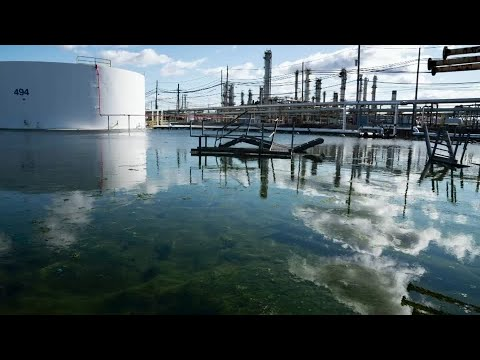 Philadelphia refinery cleanup highlights toxic legacy of fossil fuels